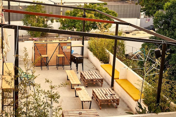 Hostel - The Colony Beirut -