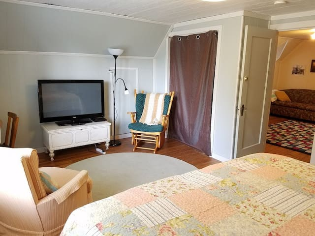 Vitamin Sea Cottage-by Siletz Bay FAMILY FRIENDLY - Lincoln City - House