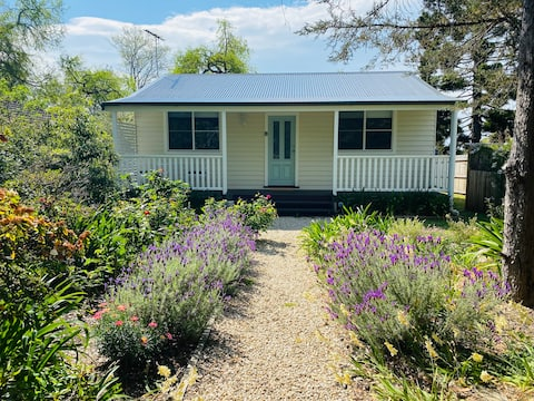 Gorgeous 2 bedroom cottage in the Blue Mountains