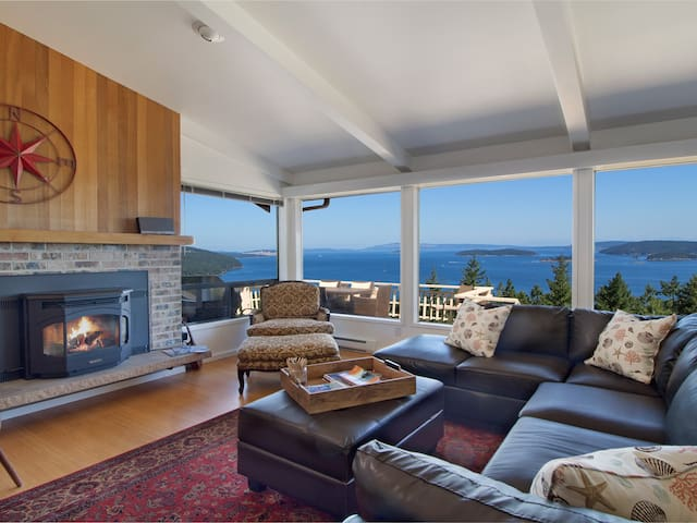 NEWLY LISTED!! NEWLY UPDATED!! Stunning Panoramic WATER VIEW (SJCV)