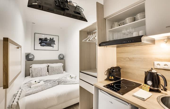 Studio de luxe avec jacuzzi - Grands Boulevards