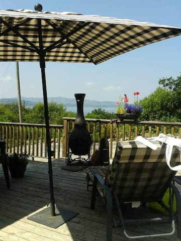Suil Nua - 3 En-suite rooms - Stunning views - Buncrana - Bed & Breakfast