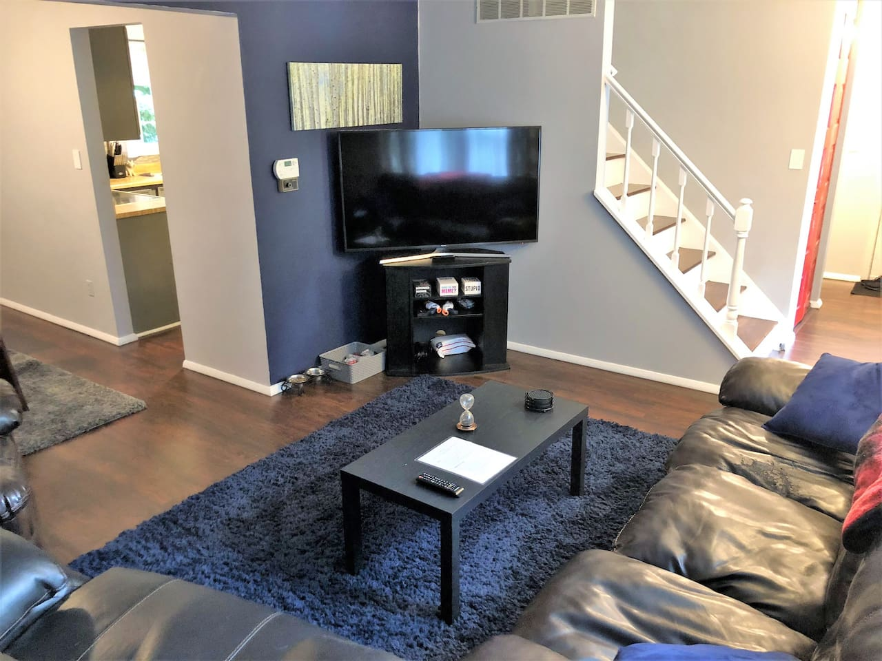 "Living Room with 55"" 4K smart TV. Netflix, Hulu, Amazon Prime Video available."