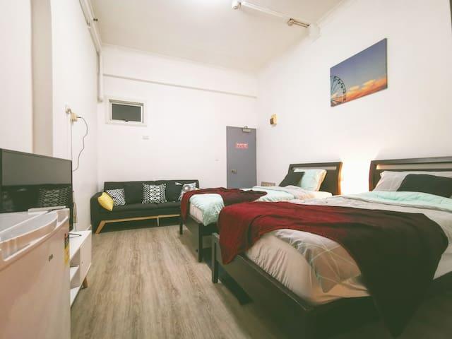 Double Beds Suite in Heart of Kings Cross
