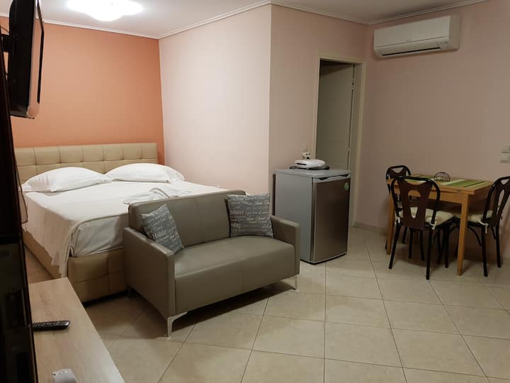 Mytilene City-Center Apartment 2