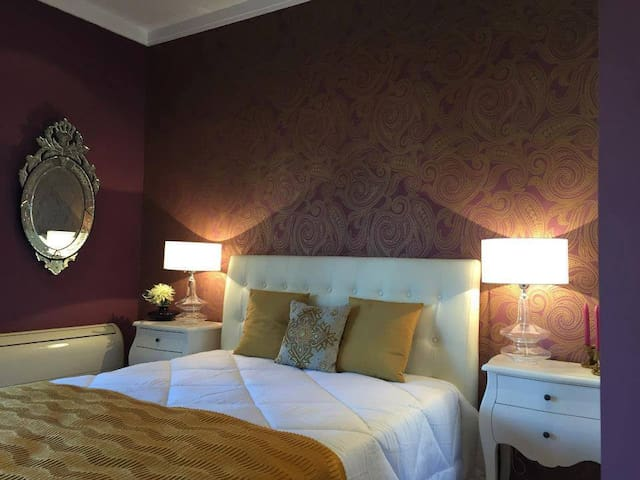 Villa Magnolia - Suite Hortensia - Sobreda - Bed & Breakfast