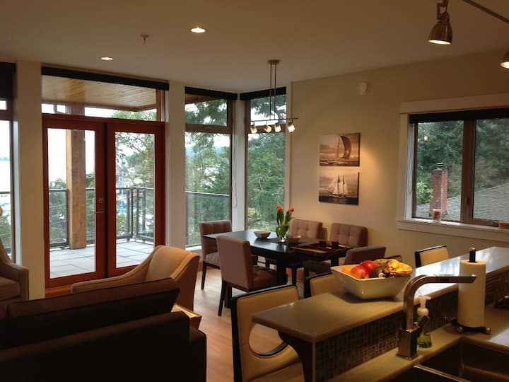 Mariner's Loft 23 Luxury 2 bdrm (sleeps 6)