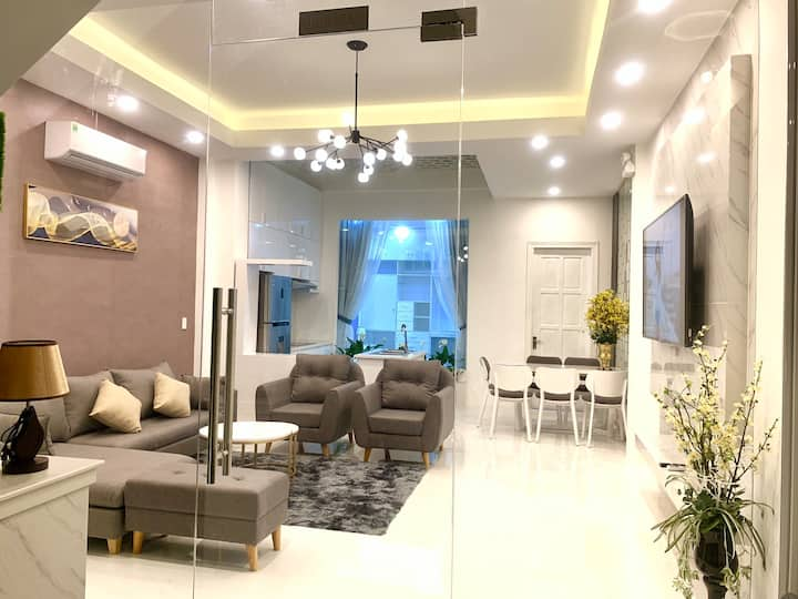 Royal Hotel-Serviced Apartment