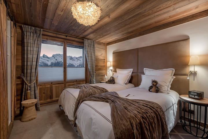 Chalet panoramic views over the Rhone Valley&Alps