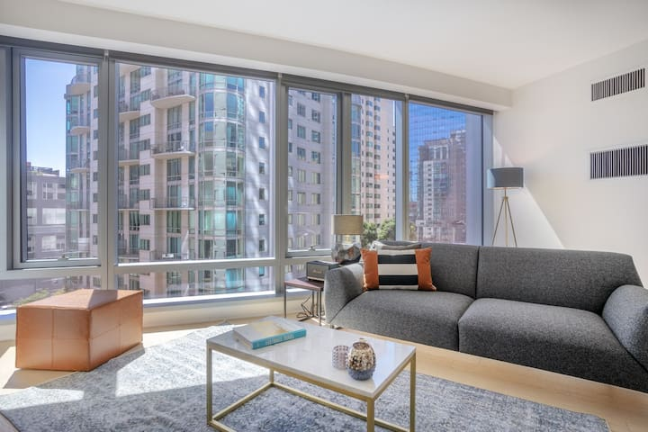 Modern Rincon Hill 1BR w/ A/C + Gym near Bay Bridge by Blueground