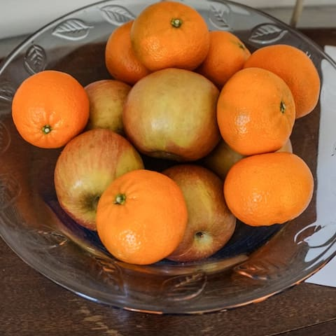Complimentary fruit on the table.