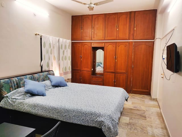 FULLY Furnished One B Room Kitch in  Banjara hills
