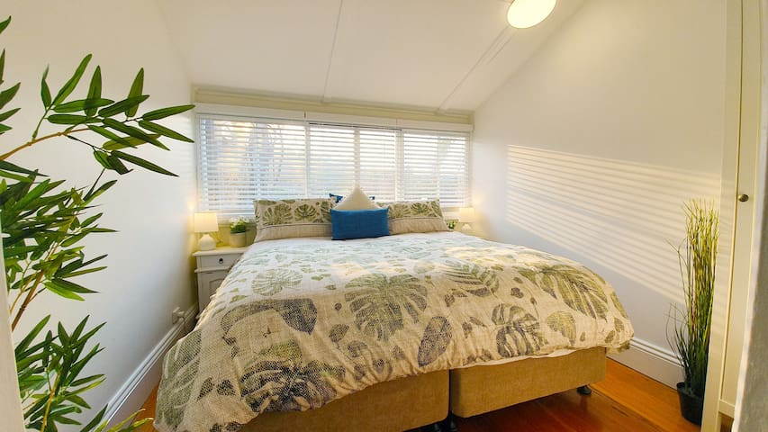 Our Sealy King beds can be swapped for a twin bed set up upon request. Linen & Towels provided for every stay.