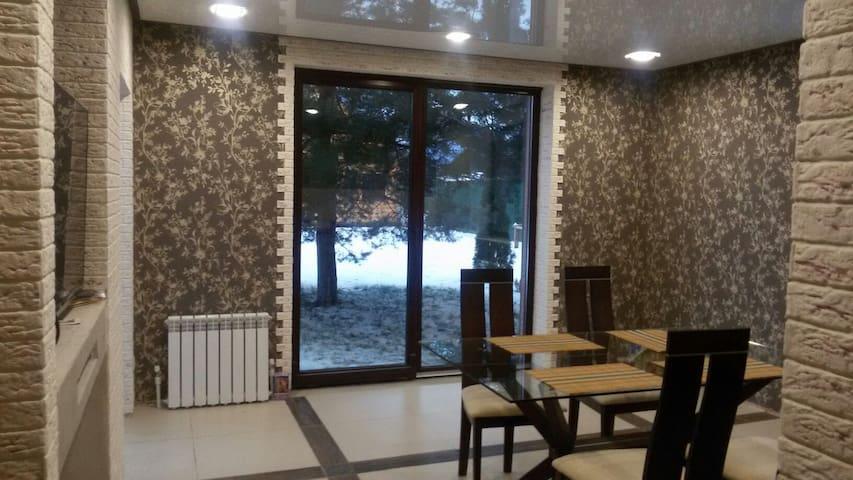 Дом на родине Снегурочки - Кострома - บ้าน