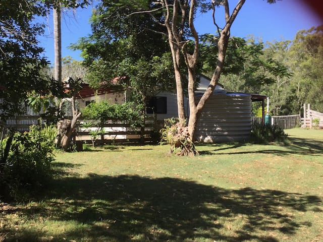 Kookaburra lodge a home amongst the gum trees guesthouses for rent in corindi beach new south wales australia