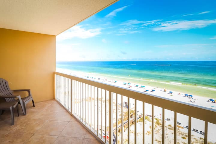Completely remodeled condo right on the beach