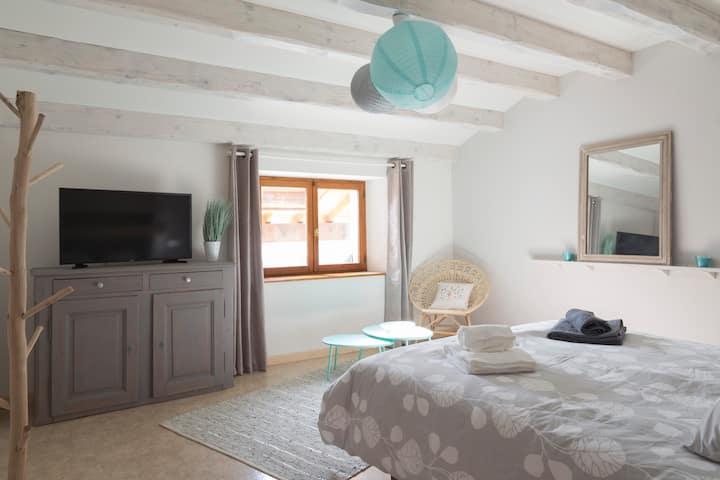 2 chambres dans maison village proximité frontière