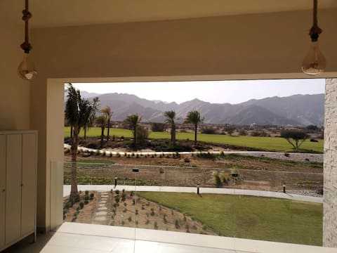 Sifah Golf View Sunset Apartment