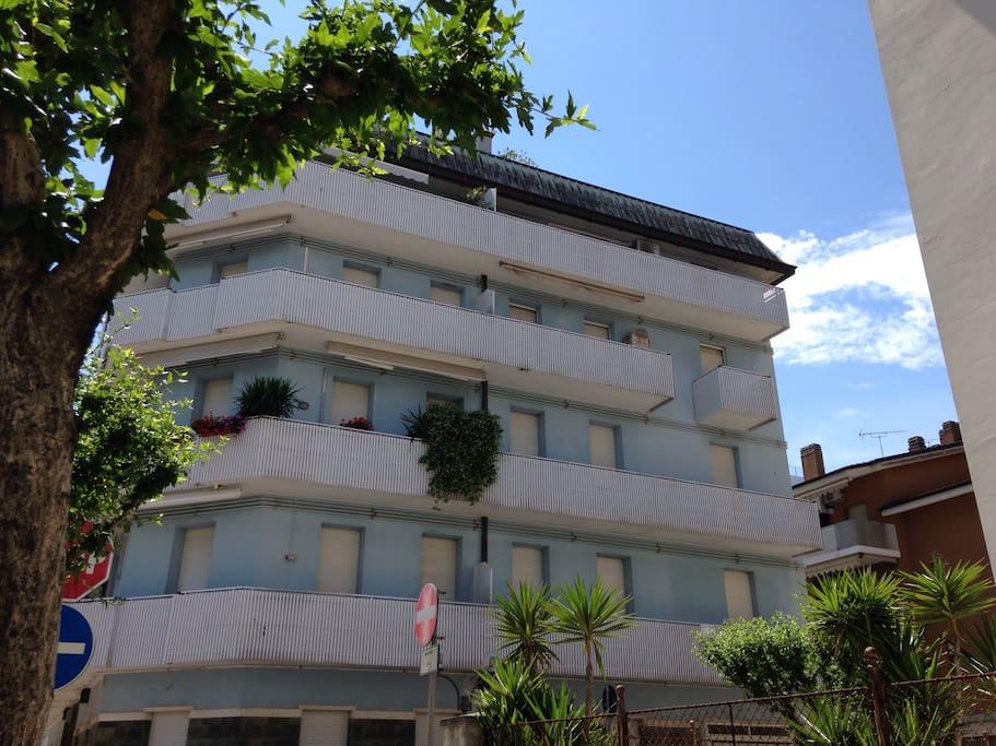 Appartamento in zona di pregio al secondo piano for Appartamento monolocale di 600 m