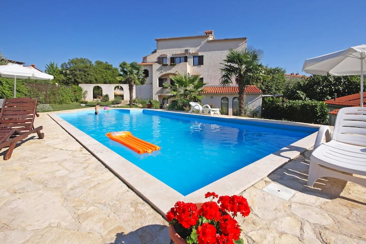 Villa Kristalis in Medulin * Istrien / Villa Kristalis in Medulin (Appartement für 4 Personen AP3)