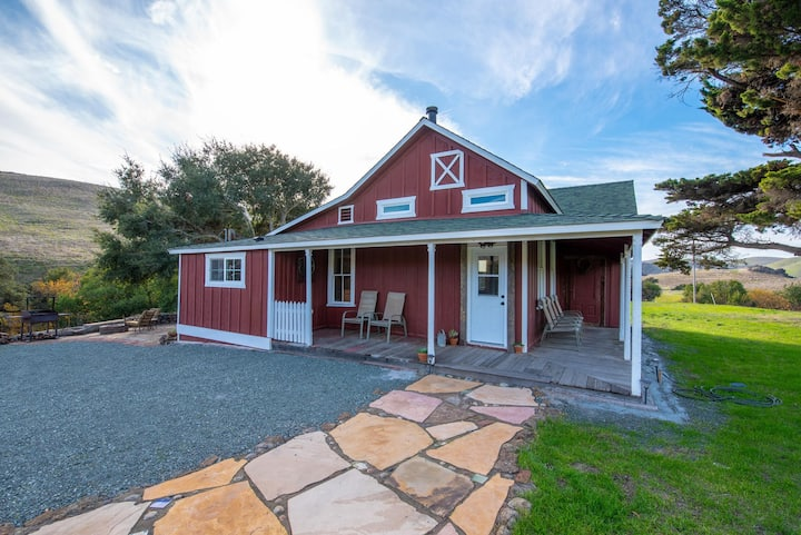 HISTORIC FARM HOUSE ON 400 ACRE RANCH