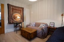 Close to lake and metro, 10 min to city center