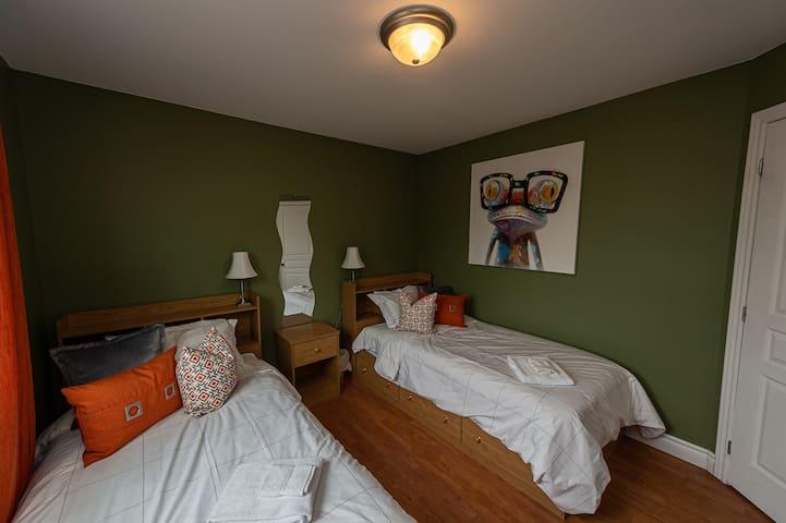 Chambre avec lits jumeaux au 1er étage
