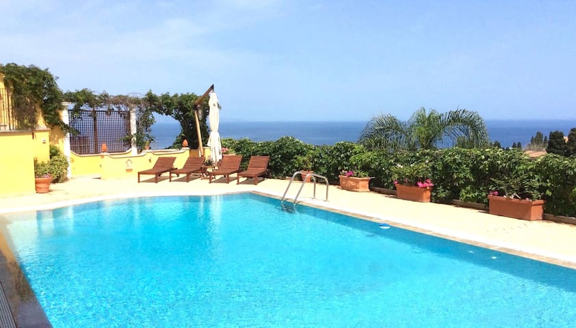 MATIS VILLA Exclusive Private Pool Sea View Garden