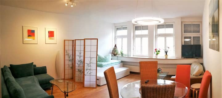 Apt next to Nuremberg central-station,  Fair 10min