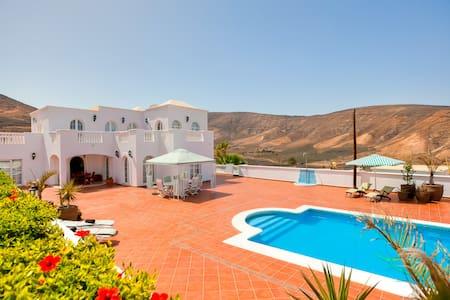 Villa Temisa - Arrecife