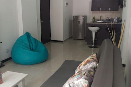 Cozy room well located in Poblado #1 - Medellin
