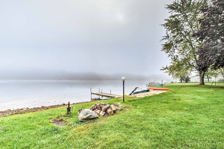 This home features a private dock, 2 single kayaks, and a paddle boat.