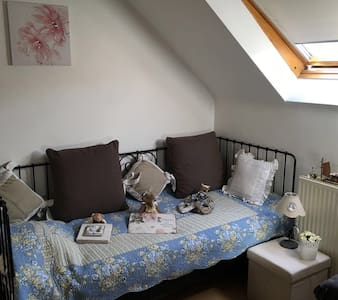 Cosy room near to Brussels - Bed & Breakfast