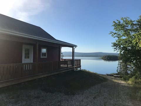 Waterfront cottage, Sandy Lake, Howley NL