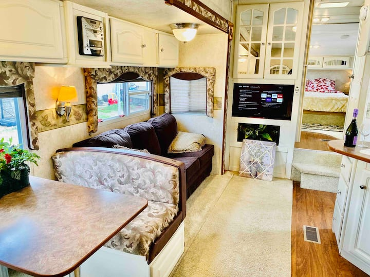 Cozy RV in Loma Linda