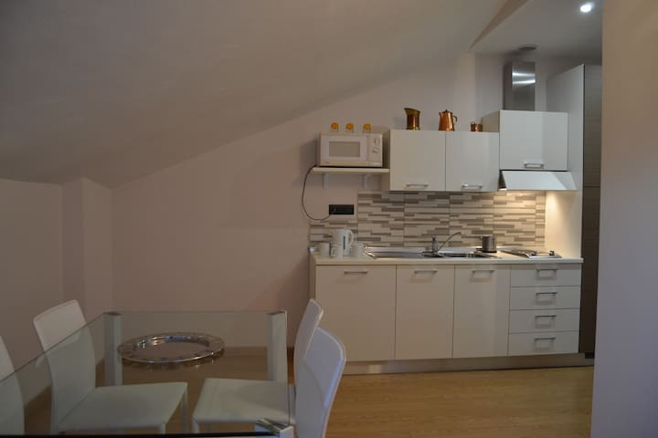 Your House in Langa - Carrù - Appartement