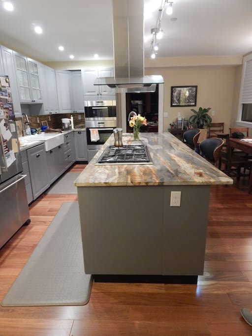 Newly renovated kitchen to use and enjoy.