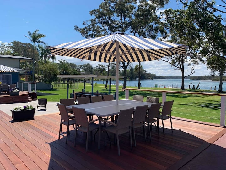 Laguna Lodge Waterfront Holiday Unit 6