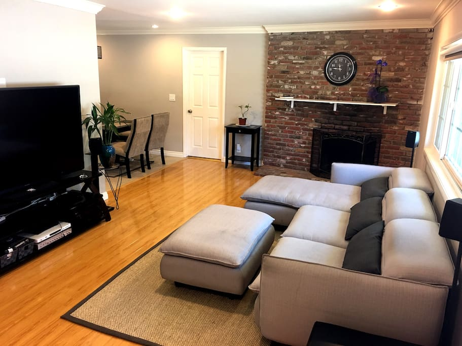 Beautiful and well maintained home setting