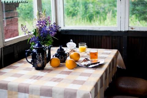 Summer mini cottage