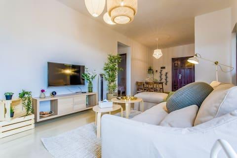【梦旅-Room4】长隆海洋王国、横琴口岸、澳门、路环岛大客厅宜家三房、可洗衣做饭、停车位充足