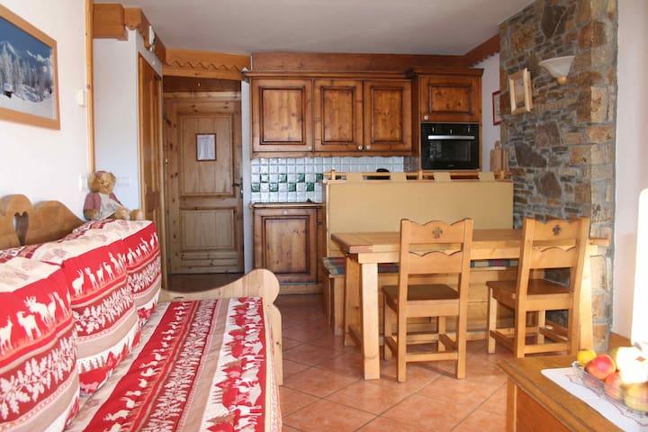 Confortable appartement T3 avec piscine et SPAS - Mâcot-la-Plagne