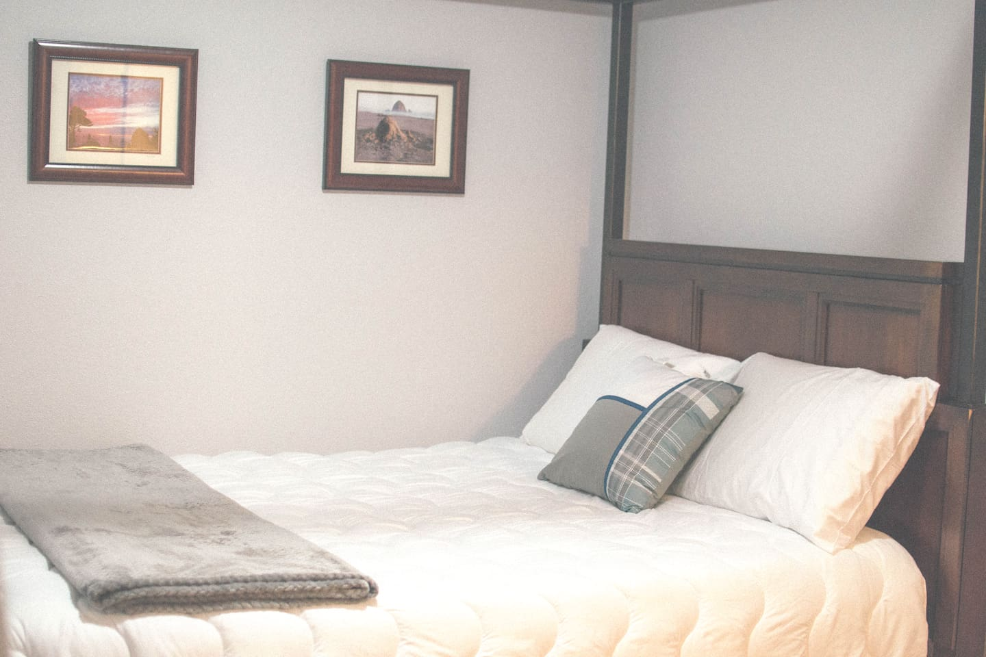 This will be the designated room you will be staying inside. 1 Queen Size Bed. Wifi. Several outlets.