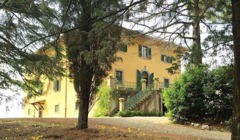 Villa di Montegemoli - Elegant Villa with Staff - Pomarance - Casa de camp