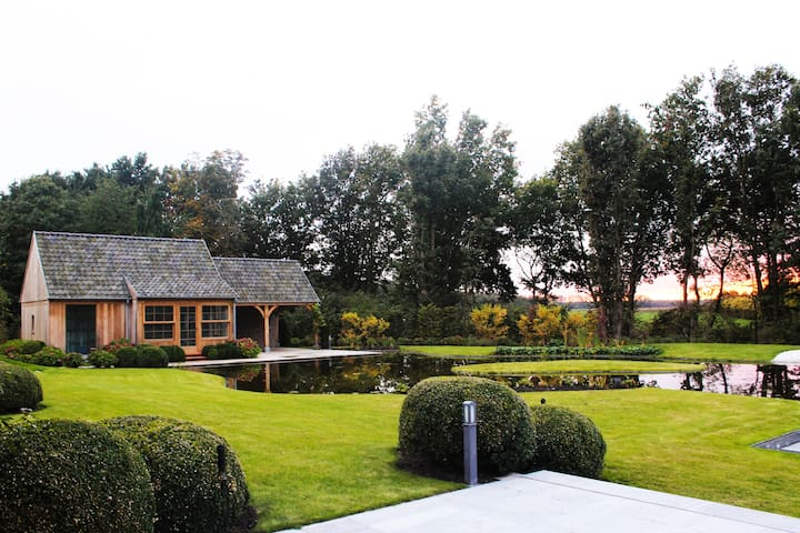 Private wellness amidst a beautiful nature reserve - Turnhout - Chatka w górach