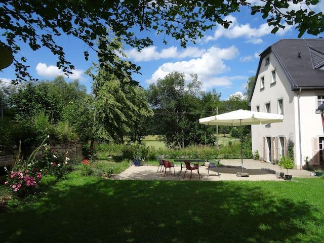 Historischer Gutshof in herrlicher Landschaft - Lichtenau - Apartamento