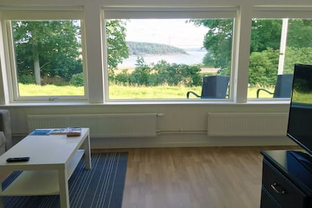 Oceanview villa/apt with 35min to Gothenburg city1 - Stenungsön