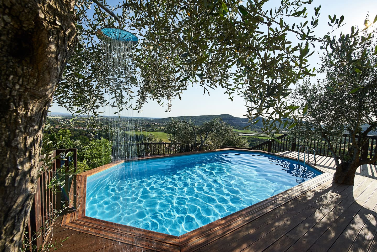 Fantastic salt water swimming pool with it's own unique olive tree shower!!  Split level spacious decking area for sun bathing, lounging and relaxing at all times of the day. Offering great views of The Leaning Tower of Pisa and Mediterranean Sea.