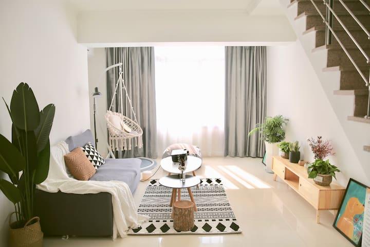 【蓝顶盖】ins轻奢风/loft式北欧风格/家庭民宿套房