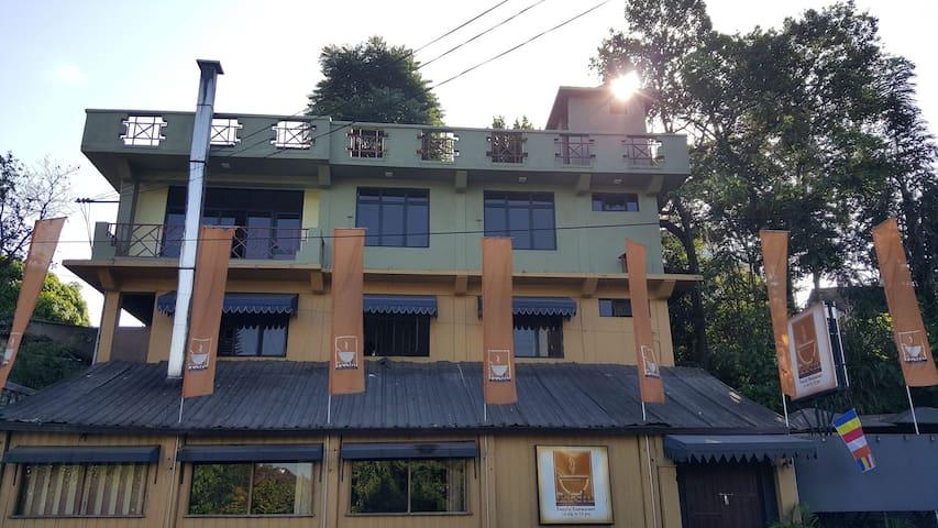 Niwahanaka Nawathena (Home Away Home)